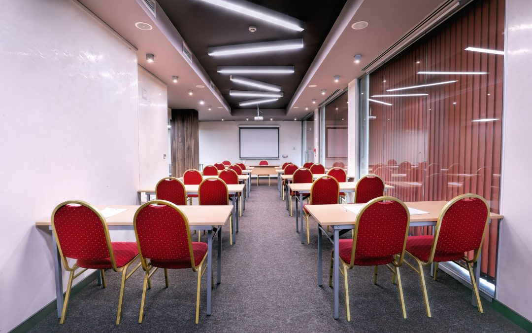Bonus x 3! Book your event NOW! One in 10 delegates goes free!